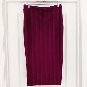 Zara stretchy ribbed magenta midi skirt back slit